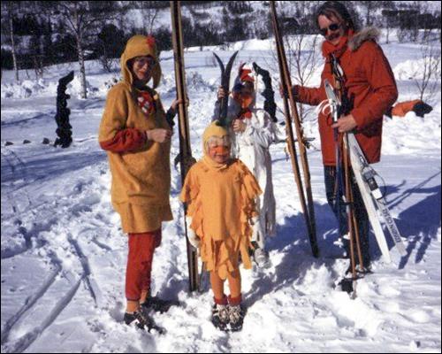 Påskeaften er det duket for nytt skirenn. Her et gammelt albumbilde fra et av påskeskirennene i Storlidalen i siste halvdel av 1980-tallet.